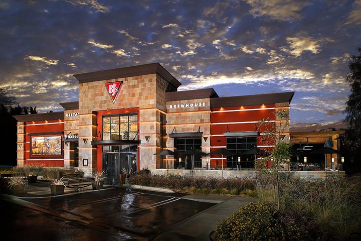 BJs Restaurants, Orange CA
