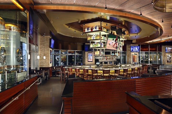 BJs Restaurants, Tysons Corner VA